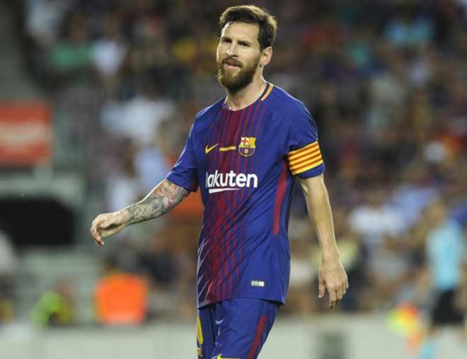 """Messi """"hàng miễn phí"""": MU, Man City có cơ hội?"""