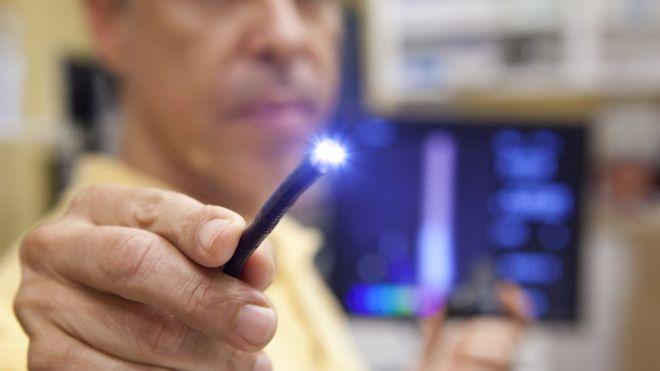 Phát minh loại camera có thể nhìn xuyên thấu cơ thể người - 1