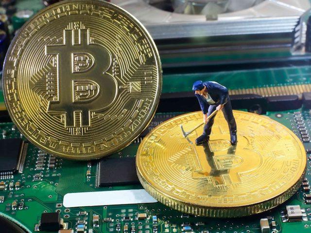 Đồng Bitcoin tăng thêm 1.100 USD sau 1 tháng đầy biến động