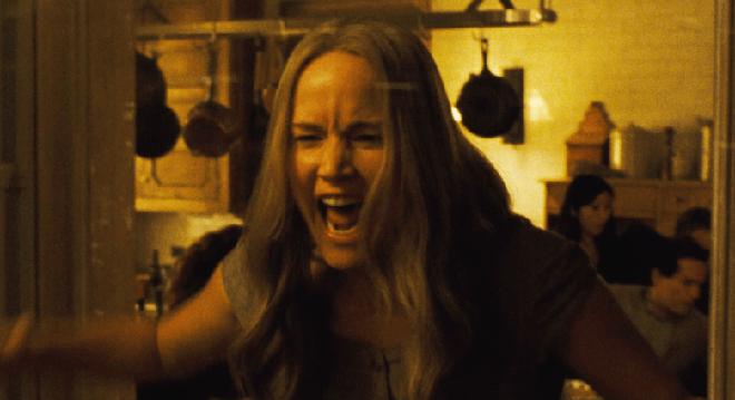Phim kinh dị của Jennifer Lawrence gây phản ứng trái ngược ở LHP Venice - 3