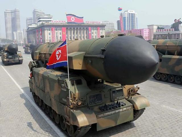 Triều Tiên sắp phóng tên lửa thế giới chưa từng thấy? - 3