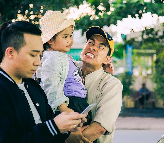"""Chờ phim Việt thoát khỏi hài nhảm: """"Bao giờ mới tới tháng 10?"""" - 1"""
