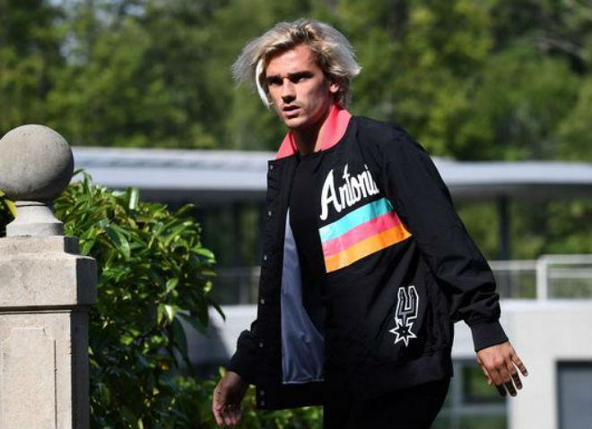 MU chưa vô đối: Mourinho sắm Griezmann 100 triệu euro xây siêu đội hình - 2
