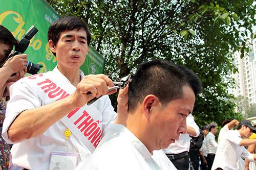 Giai thoại ít biết về người thợ cắt tóc cho vua Bảo Đại - 2