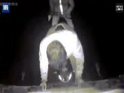 3 tên cướp gặp hạn khi phá khóa xe tải chạy tốc độ cao