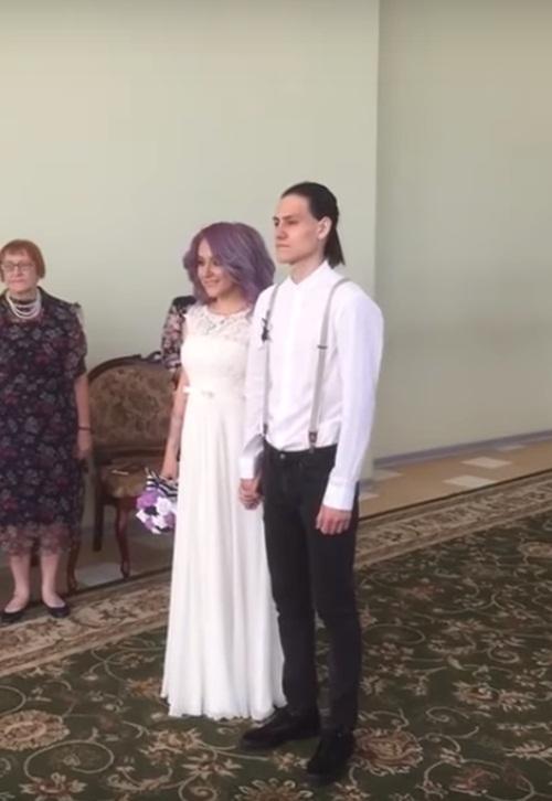 Cô gái mời bạn trai cũ đến đám cưới và cái kết đắng - 3