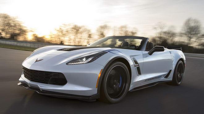 Chevrolet Corvette 2018 có giá từ 1,3 tỷ đồng - 2