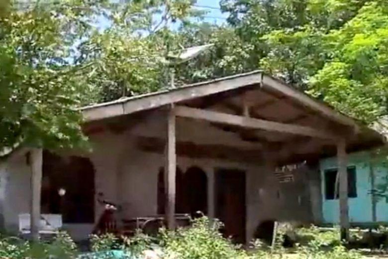 Nữ sinh bị 40 người trong làng hãm hiếp gây chấn động Thái Lan - 1