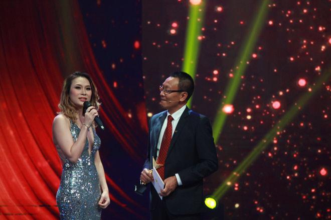 """""""Người phán xử"""" thắng lớn ở VTV Awards 2017 - 13"""