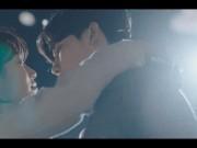 """Lee Min Ho đi nghĩa vụ quân sự, bạn gái liền  """" khóa môi """"  trai lạ"""