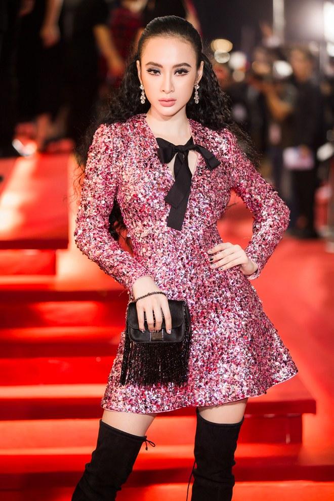"""Angela Phương Trinh lấn át dàn sao bự với váy """"sao trời"""" - 1"""