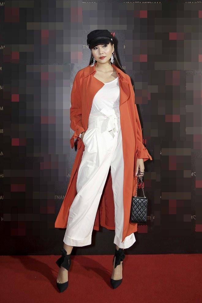 """Angela Phương Trinh lấn át dàn sao bự với váy """"sao trời"""" - 4"""