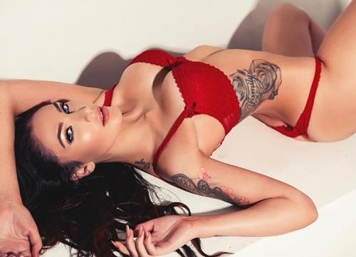 Quên Irina Shayk đi, nước Nga còn lắm mỹ nữ sexy hơn - 11