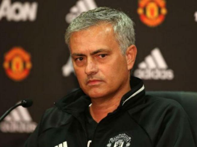 Trực tiếp MU họp báo đấu Stoke: Mourinho vỗ ngực tự khen sức mạnh - 1