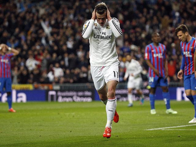 "Real có ""binh biến"": Isco & Asensio lật đổ Bale, lập bộ ba ""CIA"" 4"
