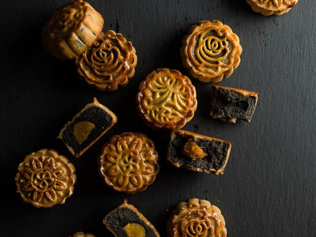 Cách làm bánh Trung thu chocolate thơm lừng, tuyệt ngon - 4
