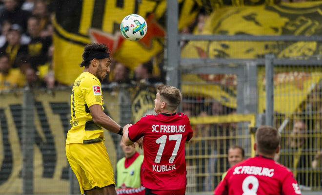 Freiburg - Dortmund: 63 phút hơn người, sức ép ngàn cân - 1