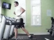 """Tranh vui - Ảnh động: Bật mí """"bí mật"""" trong phòng gym"""
