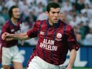 """MU - Sir Alex và  """" bom tấn """"  Zidane: Bí mật chôn giấu 2 thập kỷ"""