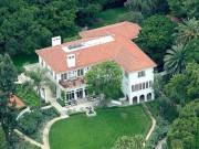 Có gì trong dinh thự sang trọng trị giá 565 tỷ của Angelina Jolie?