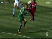 Bóng đá - Tung cước như De Jong, SAO Liverpool lĩnh ngay thẻ đỏ