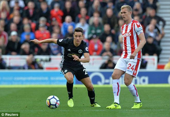 Stoke - MU: Kịch bản kinh hoàng 4 bàn thắng 9