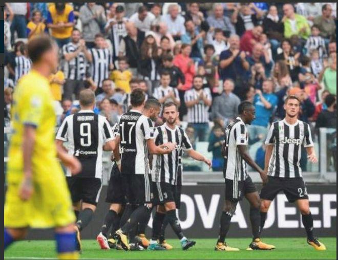 """Juventus - Chievo: """"Quà trời cho"""" và 2 sao sáng nhả đạn - 1"""