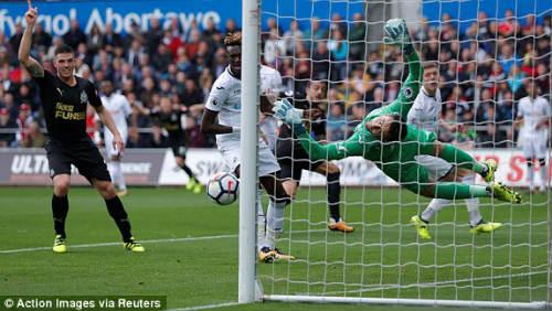 Chi tiết Swansea - Newcastle: Bất lực mất 3 điểm (KT) 20