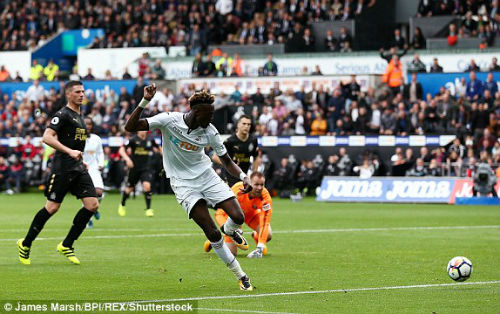 Chi tiết Swansea - Newcastle: Bất lực mất 3 điểm (KT) 21