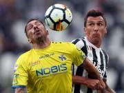"""Juventus - Chievo:  """" Quà trời cho """"  và 2 sao sáng nhả đạn"""