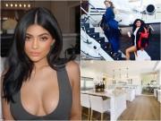 Hot girl phồn thực đình đám nhất thế giới giàu có đến mức nào?