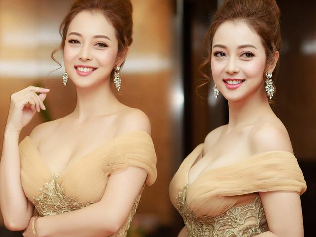 Jennifer Phạm đẹp như nữ thần với váy tua rua lạ mắt - 8