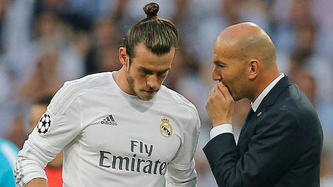 "Real có ""binh biến"": Isco & Asensio lật đổ Bale, lập bộ ba ""CIA"" 2"
