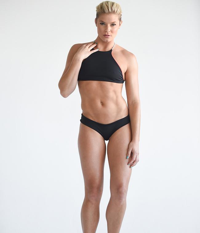 Sau khi đăng quang Hoa hậu Mỹ cô tập võ Brazil Jiu-jitsu.