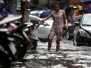 Tin tức trong ngày - Đầu tuần, miền Bắc mưa to, miền Trung nắng nóng