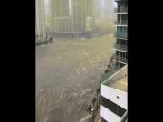 """Kinh hãi cảnh siêu bão Irma  """" nhấn chìm """"  thành phố Mỹ"""