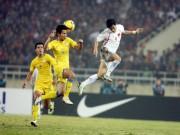 Bóng đá - SAO U18 Việt Nam tái hiện siêu phẩm Công Vinh xé lưới Thái Lan 2008