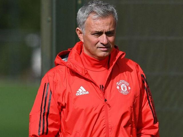 Cúp C1 trước giờ khai màn: Mourinho tiết lộ 3 sao MU đá chính