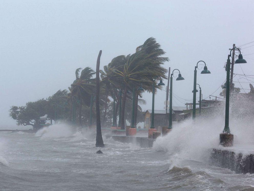 Những kỷ lục kinh hoàng bị siêu bão Irma phá vỡ - 1