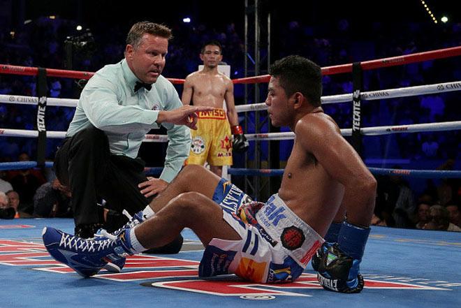 Chấn động boxing: Võ sỹ nhặt rác Thái Lan hạ nhà vô địch 4 hạng cân 6