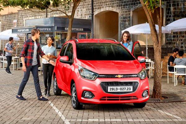 Chevrolet Spark 2017 ở Việt Nam có giá từ 299 triệu đồng - 2