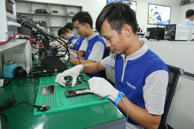 """Samsung ra mắt chương trình đào tạo thực hành & hướng nghiệp """"Samsung Tech Institute"""" - 3"""