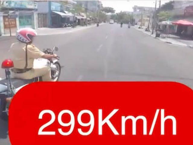 """Biker khai lý do tung clip phóng xe """"299km/h"""", khiêu khích CSGT"""
