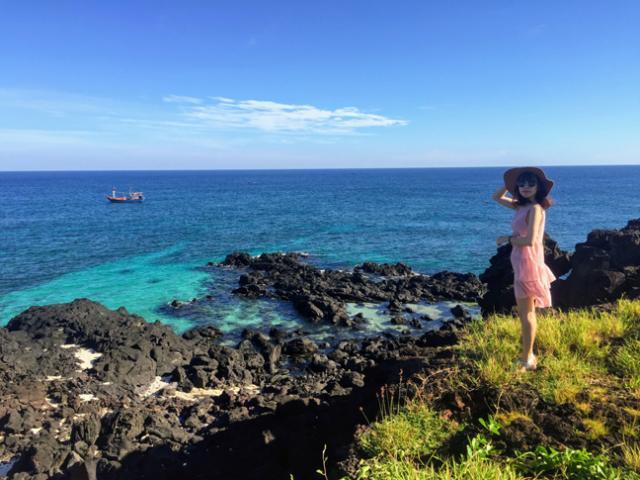 Ngôi chùa ẩn mình trong hang núi lửa ở đảo Lý Sơn - 7