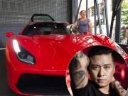 Tuấn Hưng khoe siêu xe Ferrari hơn 15 tỷ đồng khiến dân tình choáng