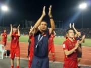 """Bóng đá - Tin nóng HLV trưởng đội tuyển VN: Ông Mai Đức Chung lại """"ra trận"""""""