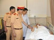 Trung tá CSGT bị tài xế taxi tông trọng thương