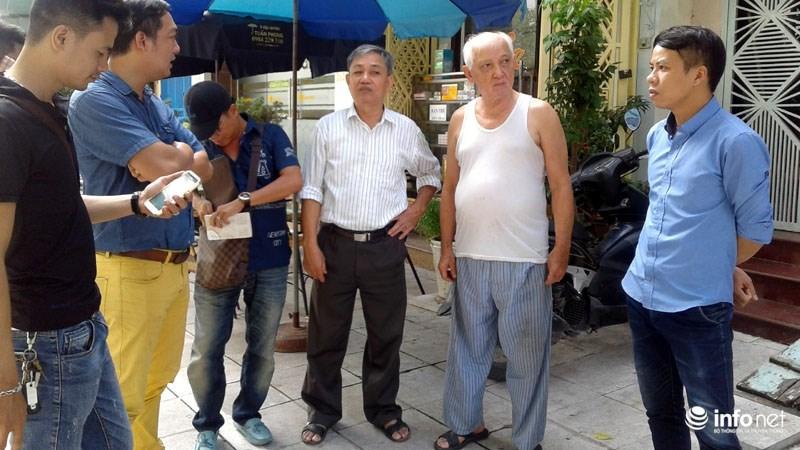 Hà Nội: Công trình lát đá vỉa hè mới làm xong đã nát bét - 2