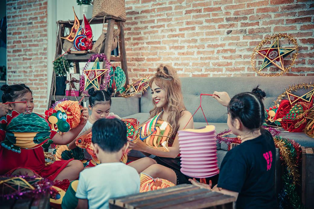 Nhóm nhạc nữ S-Girls phát hành MV sau thời gian ế show, thiếu thốn tiền bạc - 4