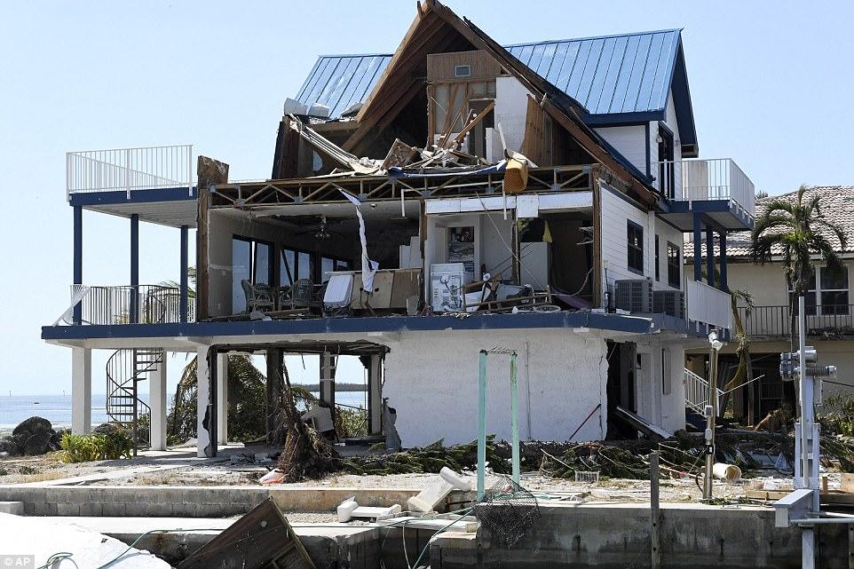 Thiệt hại khủng khiếp do siêu bão Irma ở quần đảo Mỹ - 1